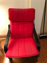 Red and black rolling armchair Philadelphia, 19146