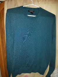 Sweater Vancouver, V5N 5Y3
