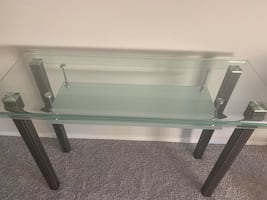 Glass accent table/Desk