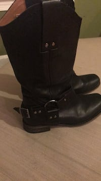 boots size 8 biker style  Centreville, 20121
