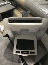 Complete DVD rear entertainment system  Boston, 02124