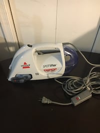 white and blue Bissell vacuum cleaner Alexandria, 22303