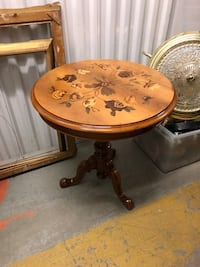 Floral top wooden side table Toronto, M2R 3N1