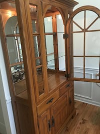 Solid Oak Display Cabinet with interior light Cumming, 30040