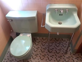 Vintage 1950s Mid Century Seafoam Green Sink and Toilet