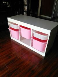 Organizing table white and pink 17w x 39L