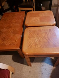 Wood coffee table and 2 side tables 518 km