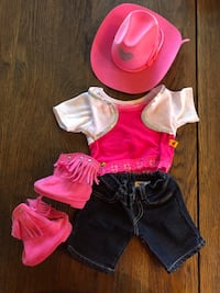Build-a-bear cowgirl outfit  29 km