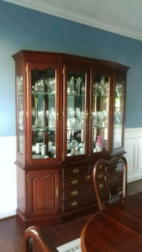 Nathan Hale Cherry Dining Room Set Odenton