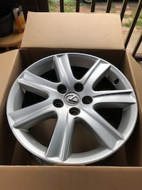 Lexus 2007, 2008, or 2009 OEM  17 inch Rims.  Silver in color.  4 total. $275 OBO  Harrisburg