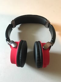 black and red corded headphones Manchester, 03103