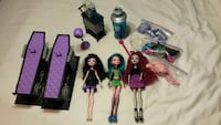 Priced to Move: Monster High Dolls & accessories
