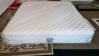 New king mattress. Serta pillow top  Surrey, V3R 4G8