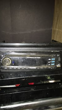 CD deck with USB and aux Edmonton, T5Y 3W5