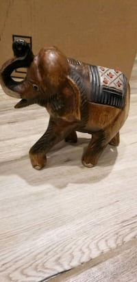 wood carved elephant solid