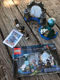 LEGO #4192 Pirates of the Caribbean Fountain of Youth - used, all pieces and instructions included, no box Overland Park, 66204