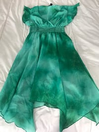H&M summer dress, green.  Toronto, M5S 3M4