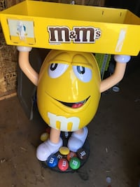 M & M Stand Barrie, L4N 7T9