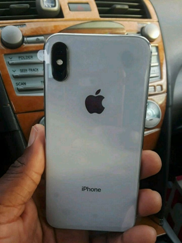 4330b40c69b813 Used iPhone 10 for sale in Lawrenceville - letgo
