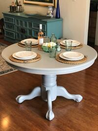 Round Dining Table WITH leaf - Aged Grey Tampa, 33634