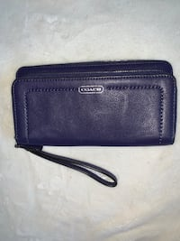 Coach Wristlet. Purple Portland, 97204