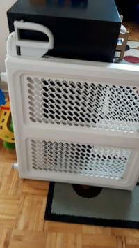 Safety 1st baby gate Mississauga