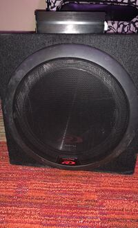 Subwoofer and amp Waukee, 50263