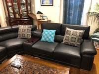 black leather 3-seat sofa 409 mi