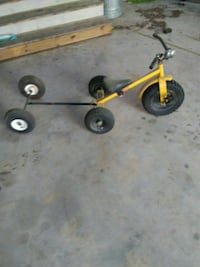 Kids tricycle with little trailer Bolivia, 28422