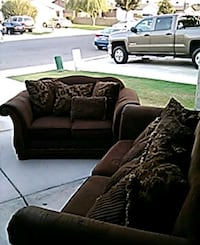 Couch set 2pc Bakersfield, 93307