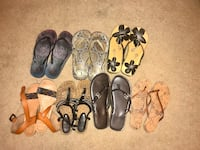Size 6 sandals. 5$ each. Or all 7 pair for 30$. Hubbard, 44425