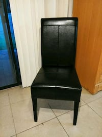 black wooden framed black leather padded chair Richardson, 75081