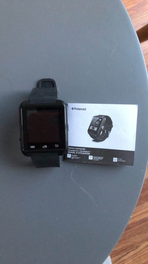 Black smart watch Polaroïd