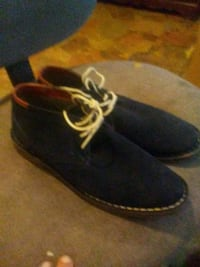 pair of Kenneth Cole Reaction blue suede shoes Dora