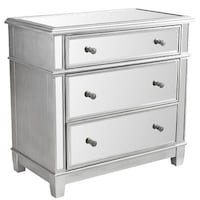 Silver mirrored 3-drawer chest Arlington, 22202