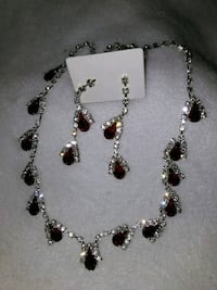 Elegant Ruby necklace and earrings  888 mi