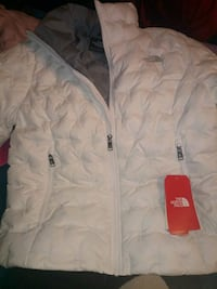 North Face coat white Norfolk, 23513