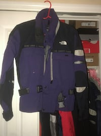 North Face jacket New York, 10466