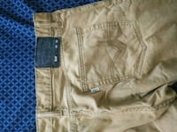 2 Like new Mens 514 levis w36l32 Kalamazoo, 49007