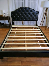 black and white wooden bed frame Silver Spring, 20902