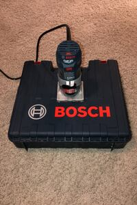 Bosch Variable Speed 1.0 HP Palm Router with Case and Roundover Bit West Des Moines, 50266