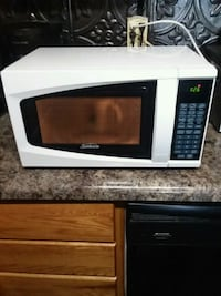 (EXCELLENT CONDITION) SMALL MICROWAVE:$45 OBO Fort Wayne, 46803