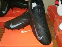 Cleats Los Angeles, 90005