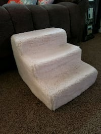 Pet steps 18 in Deep, 15 in w, 12.5 T.  See description  Murfreesboro