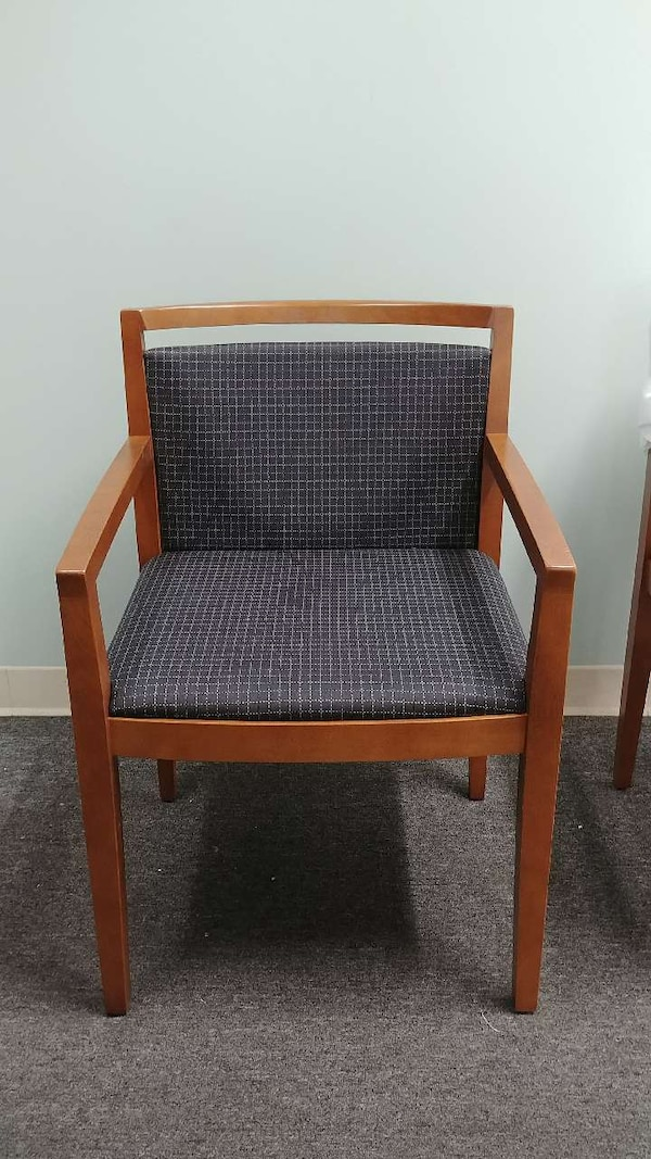 Fantastic New Knoll Ricchio Wood Arm Guest Chairs Caraccident5 Cool Chair Designs And Ideas Caraccident5Info