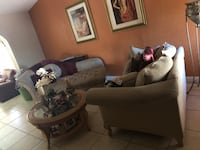 Living room set Hialeah, 33015