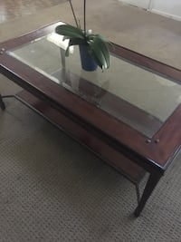 Wood glass coffee table Los Angeles, 91343