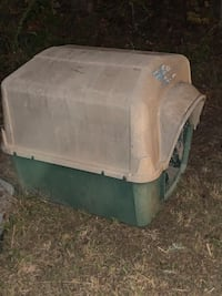 Two Dog house's for large dogs. Very sturdy. $20.00 each . Blacksburg, 29702