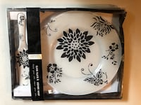 Glass Plate and Ceramic Scoop  Mississauga, L5N 8H6
