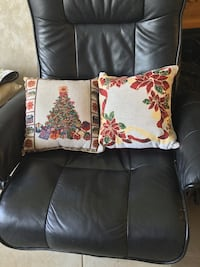 black and red floral throw pillow Lindenhurst, 11757